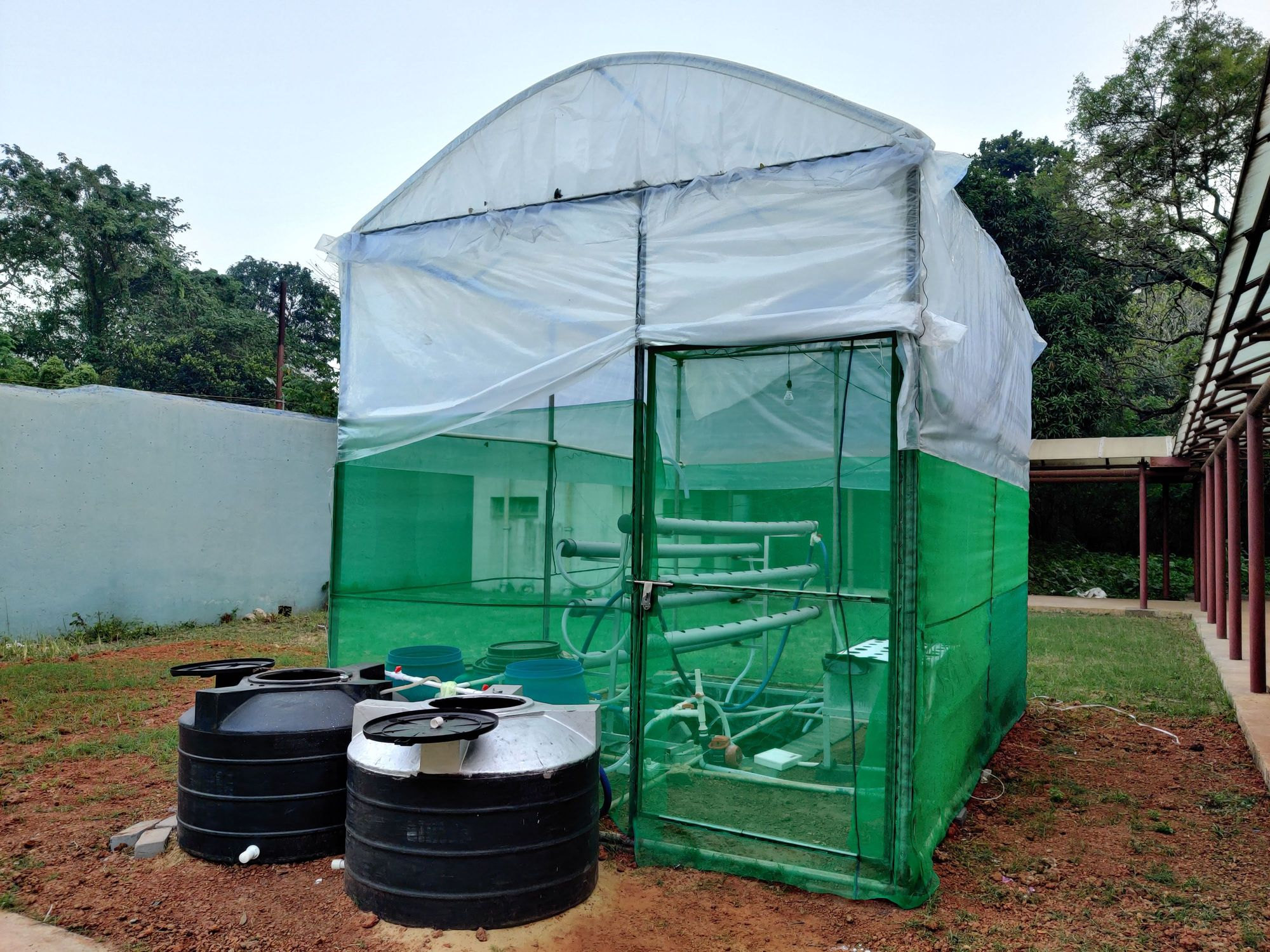Greenhouse built on campus